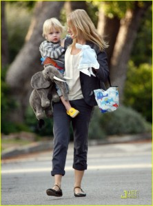 Naomi Watts And Son Out For A Walk In Los Angeles